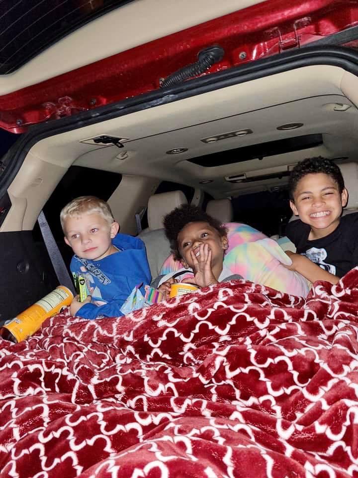 Kids_Drive In